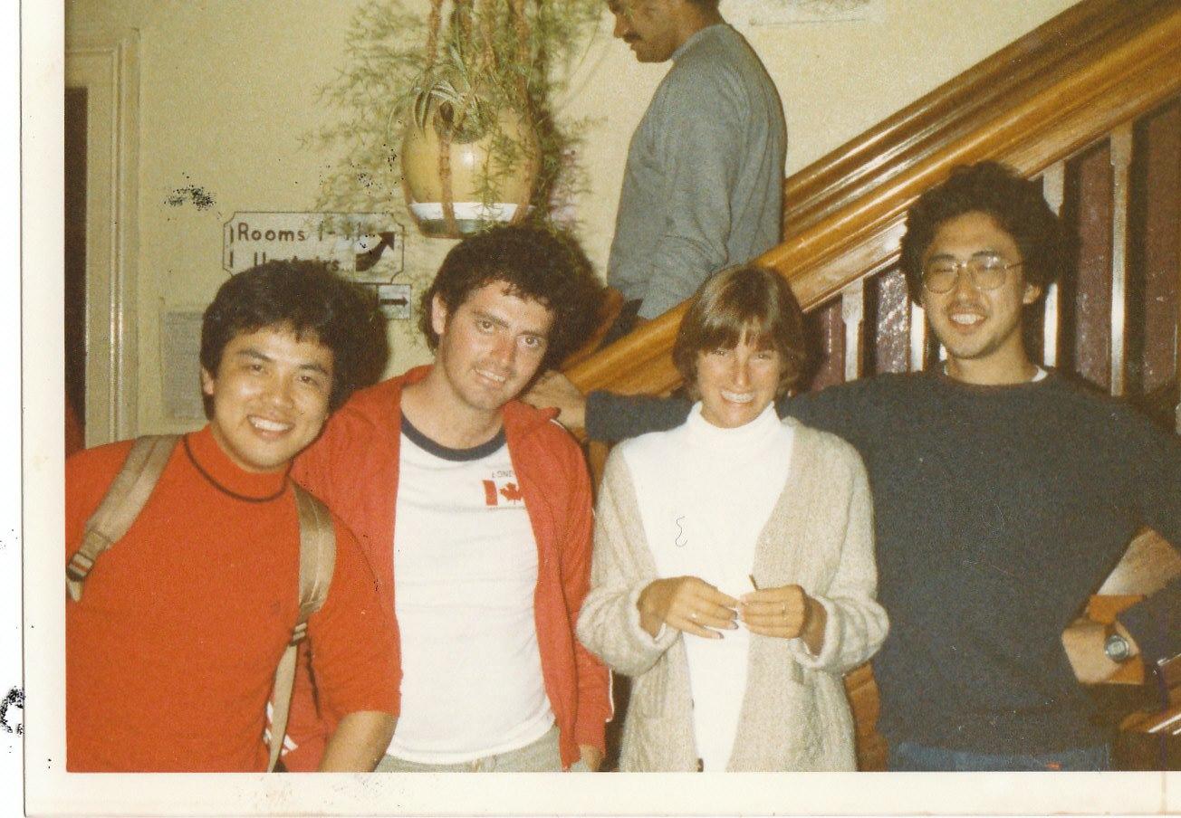 ニュージーランド・クイーンズタウンのYHでであった同居人と。右が当時の本人。若い!